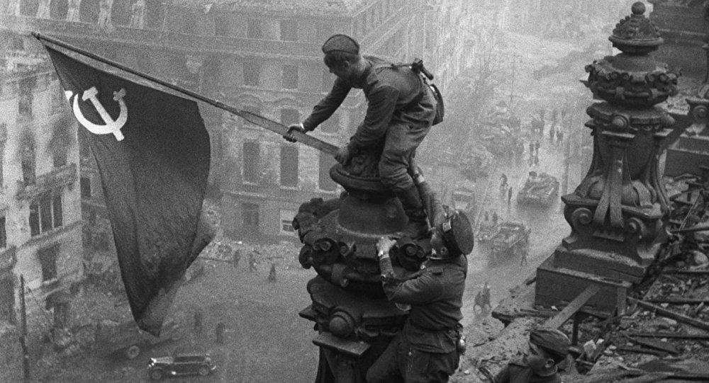 Toma de Berlín por el Ejército Rojo de la Unión Soviética